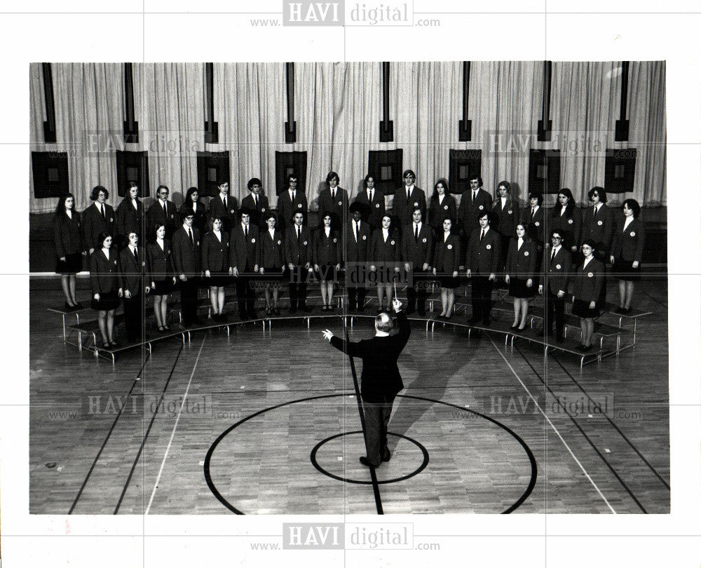 1973 Press Photo Choir Chorale Chorus Singers Ensemble - Historic Images