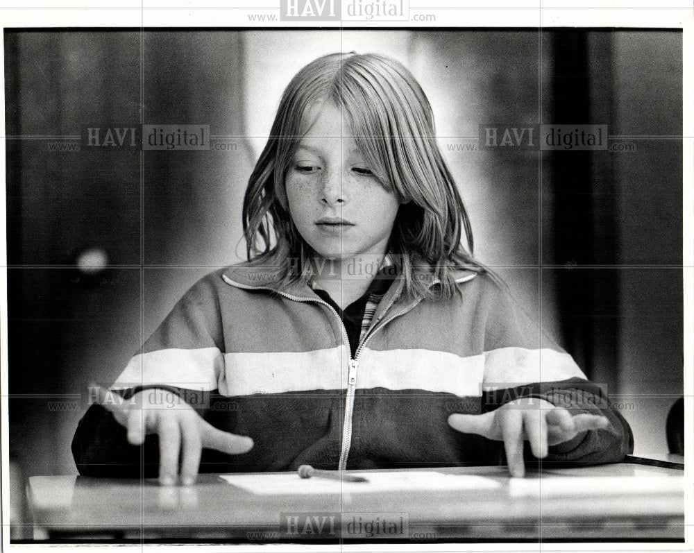 1980 Press Photo Chisanbop   finger counting method - Historic Images