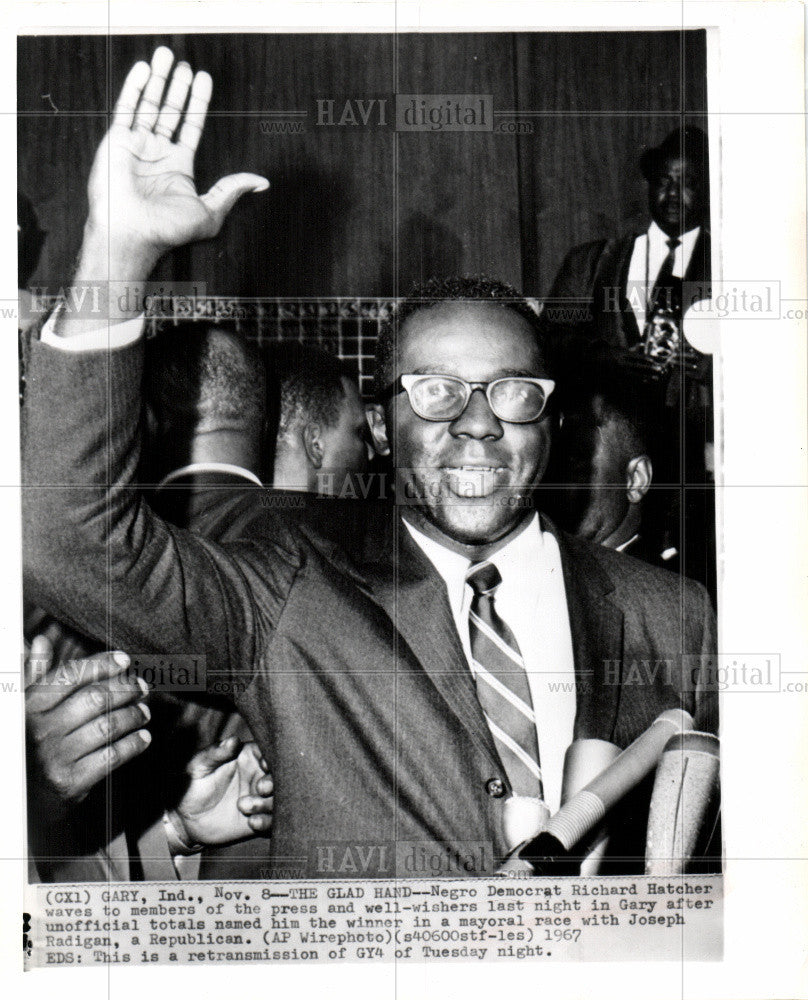1967 Press Photo Richard Hatcher wins Mayoral Race - Historic Images
