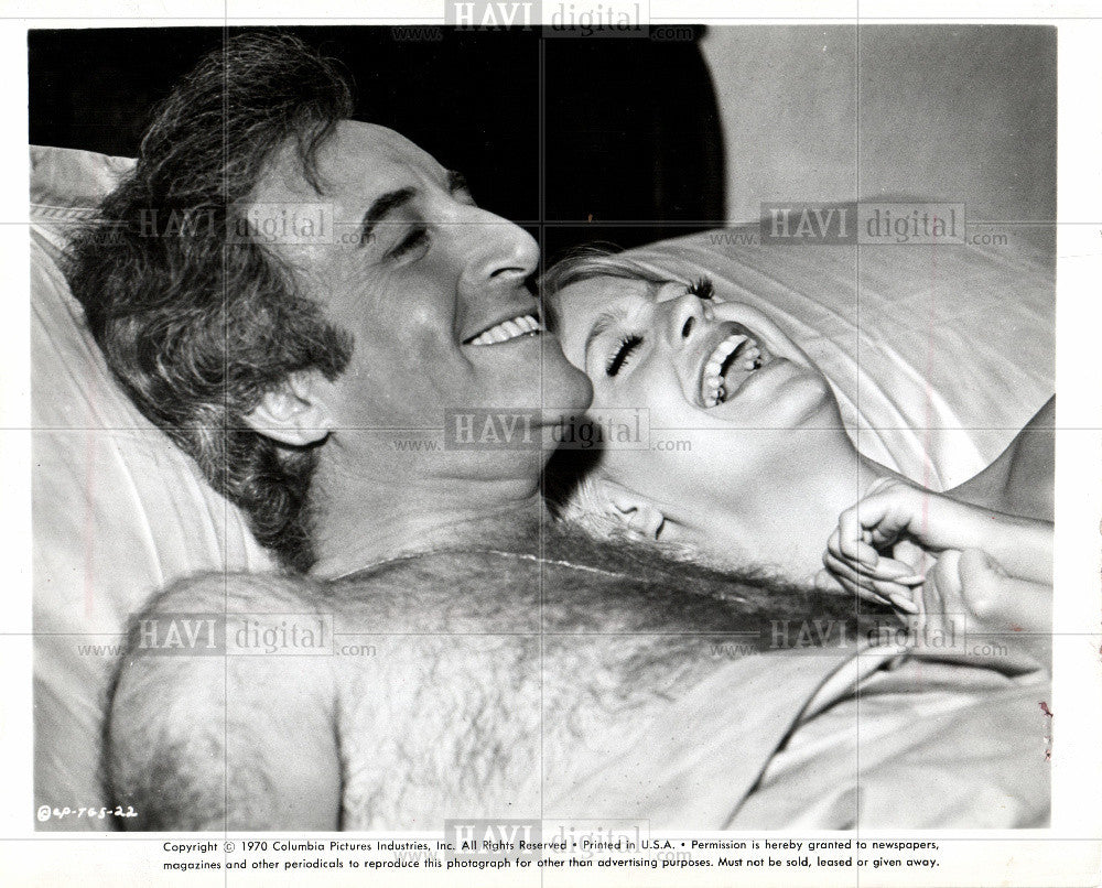 1970 Press Photo Goldie Hawn Peter Sellers movie stars - Historic Images
