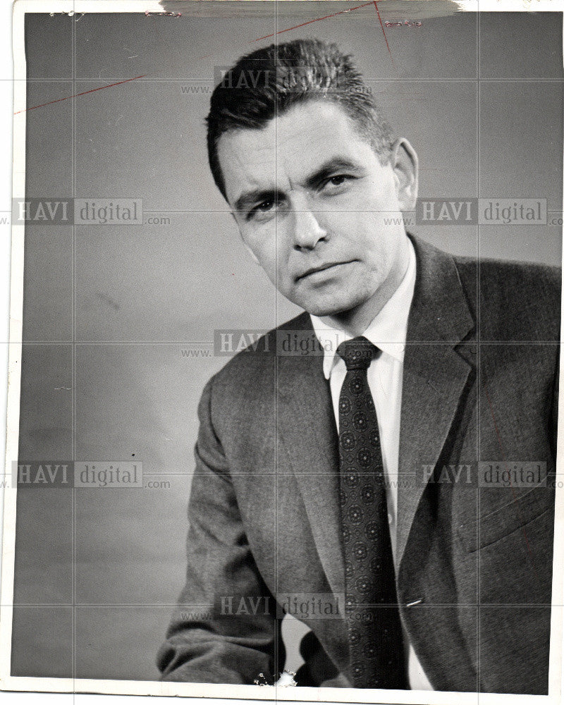 1964 Press Photo Stan Putman, reporter - Historic Images