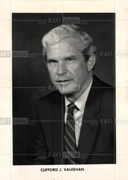 1989 Press Photo General Motors Clifford Vaughan - Historic Images
