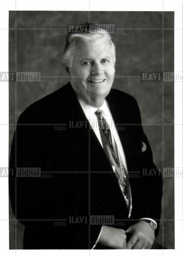 Press Photo CEO Art Van Furniture - Historic Images