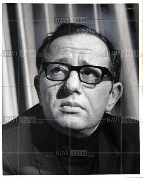 1969 Press Photo Father James Groppi Civil Rights - Historic Images