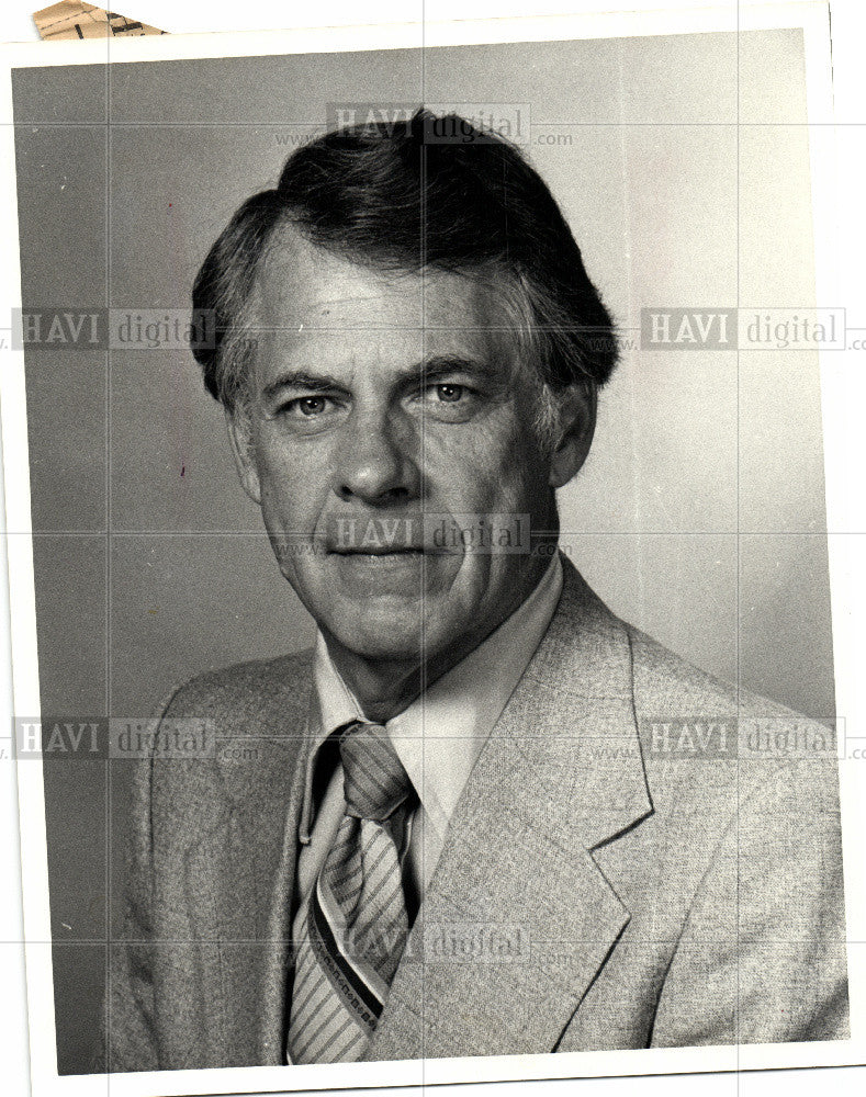 1983 Press Photo James Stewart public safety Huntington - Historic Images