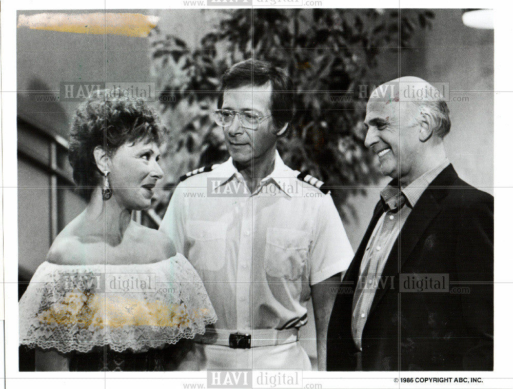 Press Photo M Ross, B Kopell, G MacLeod, Love Boat - Historic Images