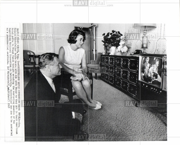1968 Press Photo Nelson Rockefeller Governor Wife - Historic Images