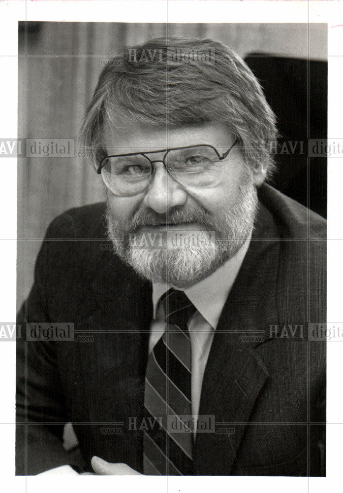 1991 Press Photo Gordon Sparks Author - Historic Images