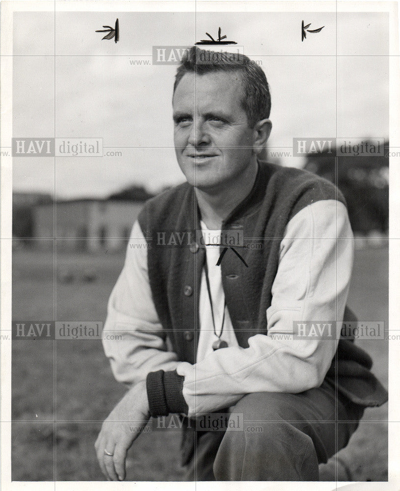 1950 Press Photo Ted Sowle Catholic Central Coach - Historic Images