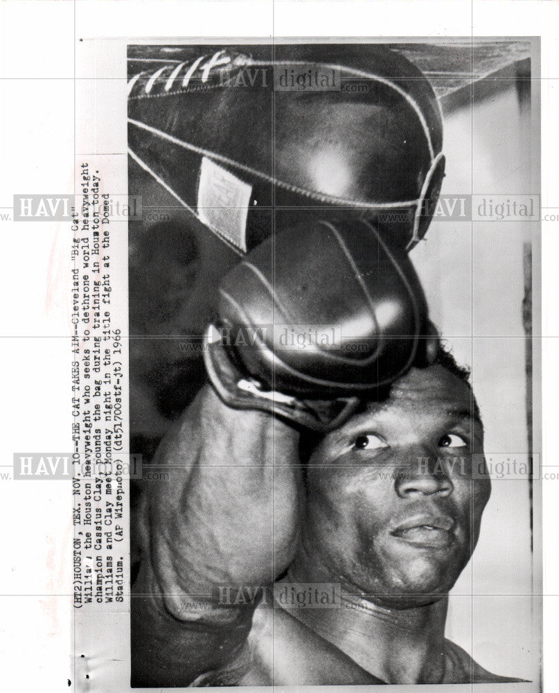 1966 Press Photo Big Cat Williams Cleveland - Historic Images