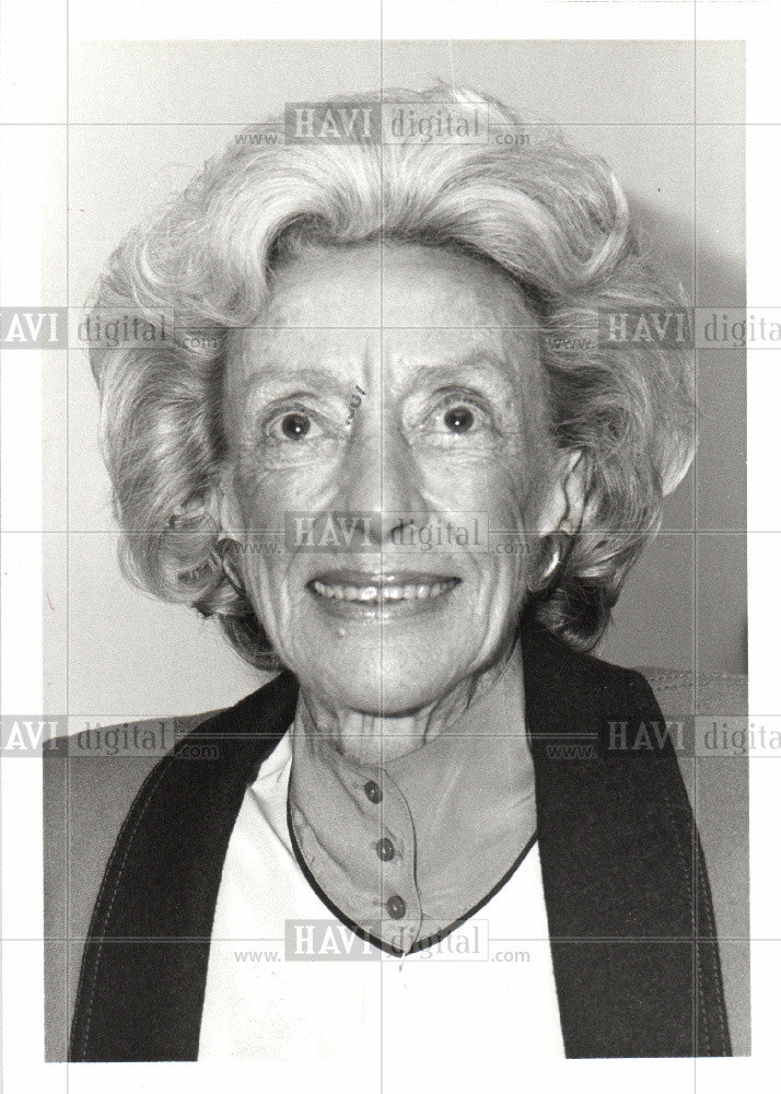 1987 Press Photo Betty Williams Bloomfield Hills - Historic Images