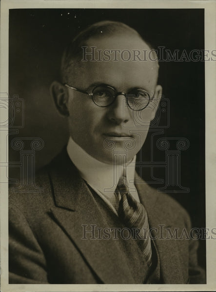 1928 Press Photo Geo B Luhmann, VP & Trust Officer, 1st Wisconsin Trust Co - Historic Images