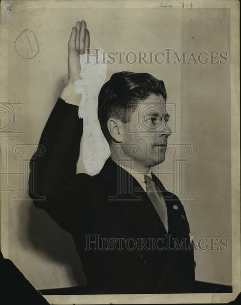 1931 Press Photo Gov Phil LaFollette investigated for bribery - mja14699 - Historic Images