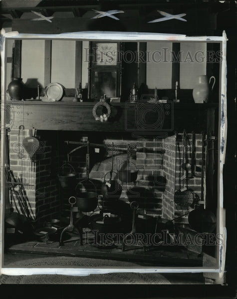 1927 Press Photo Wisconsin State Historical Society Colonial Kitchen - mja56700 - Historic Images