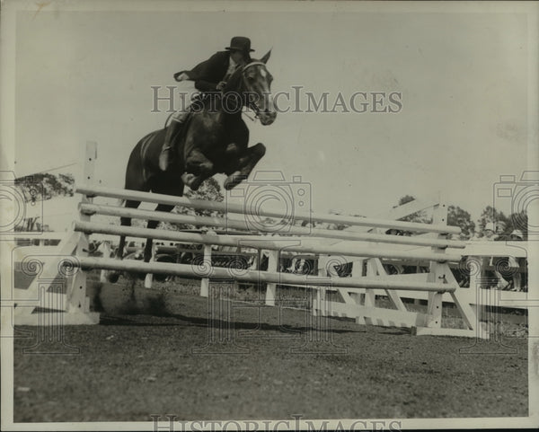 1927 Press Photo Mr. John McLeod on horseback, equestrian - mja57270 - Historic Images