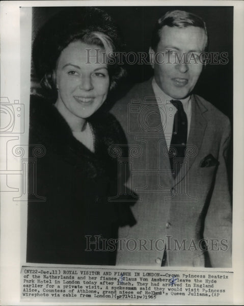 1965 Princess Beatrix and fiance Claus Von Amsberg visiting London - Historic Images