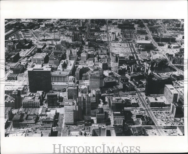 1964 Press Photo Aerial view of downtown Milwaukee. - mjb59324 - Historic Images