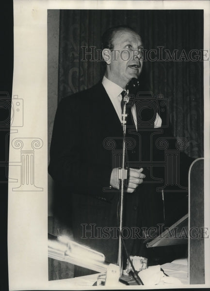 1958 Press Photo Milwaukee Visit-W.R. Hearst, Jr. - mjc00467 - Historic Images