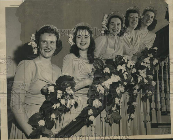 1947 Press Photo Judith Caldwell's bridesmaids at Shem wedding - mjc27293 - Historic Images