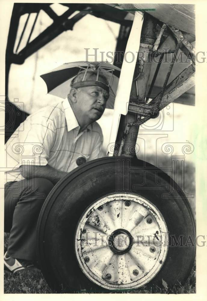 1987 Press Photo Spence Ledford at the Experimental Aircraft Association Fly-In - Historic Images