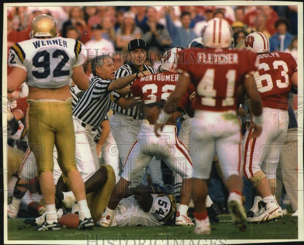 1994 Press Photo University of Wisconsin Rose Bowl game erupts into fighting. - Historic Images