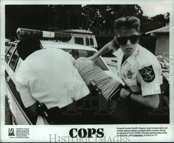 "1990 Press Photo Suspect subdued in scene from ""Cops"" - mjc33757 - Historic Images"