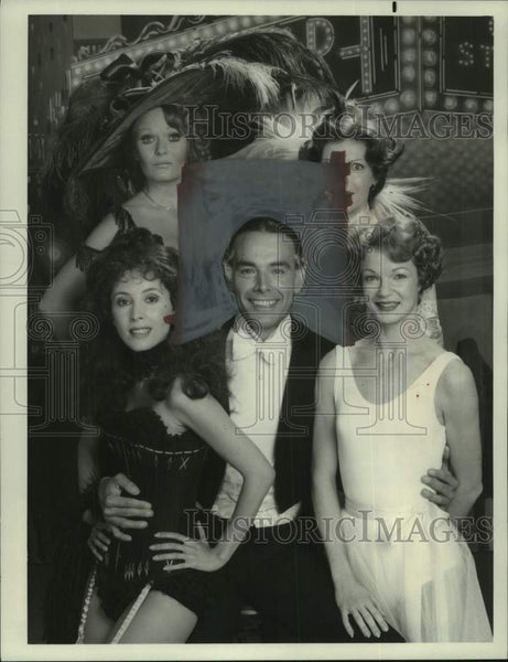 "1978 Press Photo Paul Shenar & Women in ""Ziegfeld: The Man And His Women"" - Historic Images"