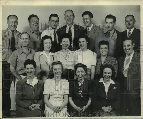 1944 Press Photo Milwaukee Journal, State Circulation (Office) Employees - Historic Images