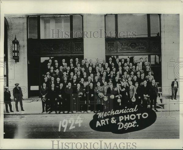 1924 Milwaukee Journal Photo Department Employees - Historic Images