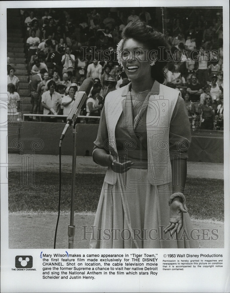 1983 Press Photo Mary Wilson makes a cameo appearance in Tiger Town. - mjp05105 - Historic Images