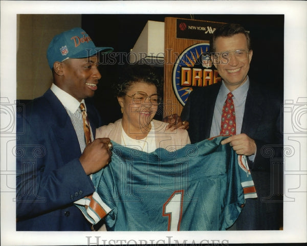 1992 Press Photo University of Wisconsin - Troy Vincent, Drafted by Miami - Historic Images