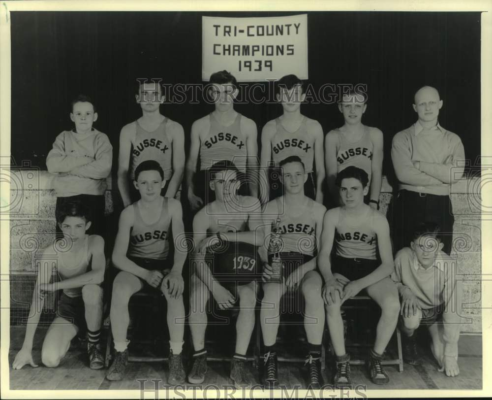 1939 Sussex State Graded School the Tri-County Junior High Champs. - Historic Images