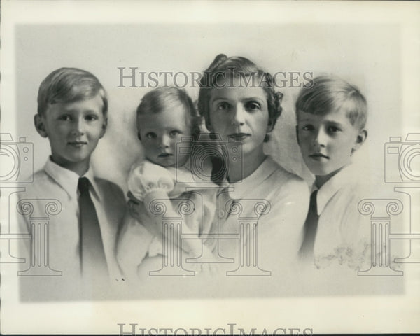 1939 Press Photo Princess Mafalda of Hesse with her Children - Historic Images