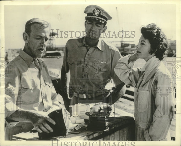 "1963 Press Photo Fred Astaire, Gregory Peck, Ava Gardner in ""On the Beach"" - Historic Images"