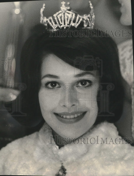 1963 Press Photo Miss Wisconsin, Barbara Bonville - mjx53810 - Historic Images