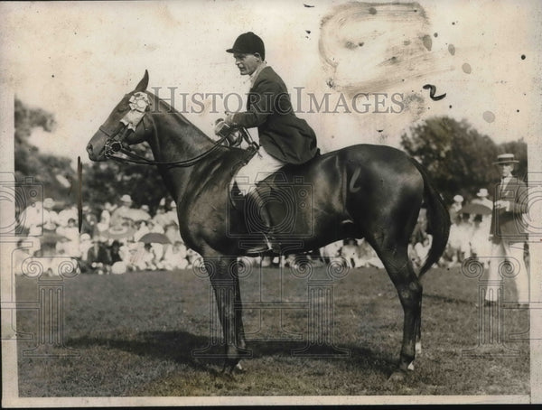 1924 horseman and socialite Bayard Tuckerman of Hamilton, Mass - Historic Images