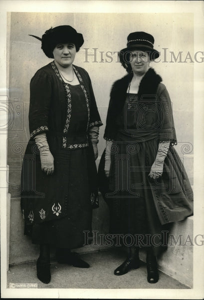 1921 Christman and VanKleek Women Attend Unemployment Conference - Historic Images