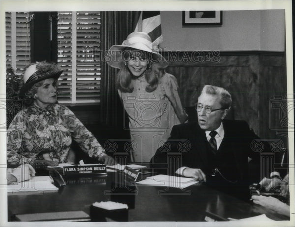 1981 Press Photo Barbara Eden, george Goebel, Flora S Reillyin Harper Valley PTA - Historic Images