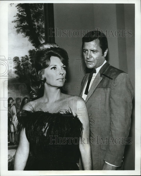 1968 Press Photo Julie London and Richard Long in The Big Valley - orx00487 - Historic Images