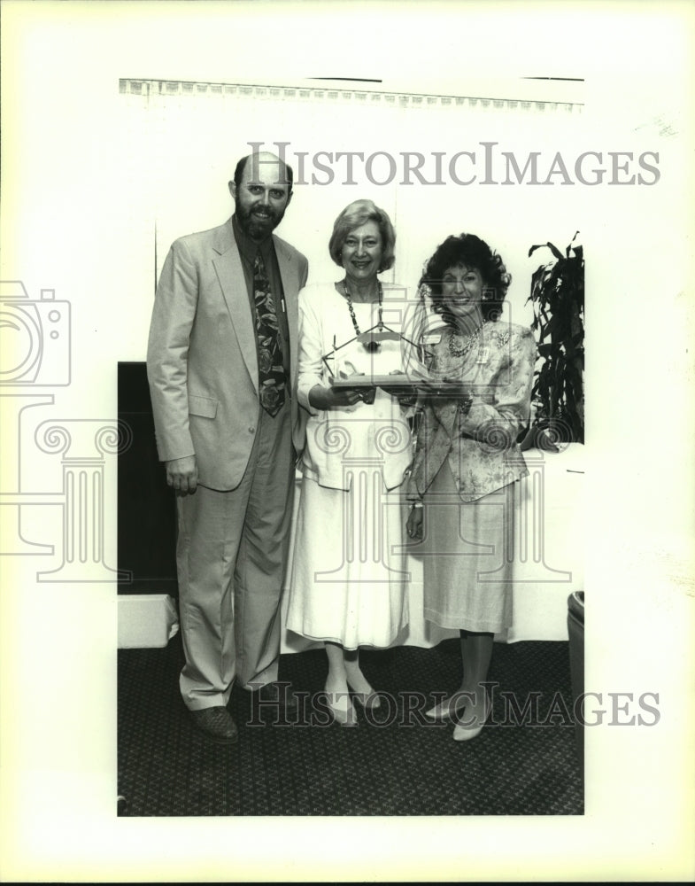1992 Press Photo Business and Professional Women's Club dinner attendees - Historic Images