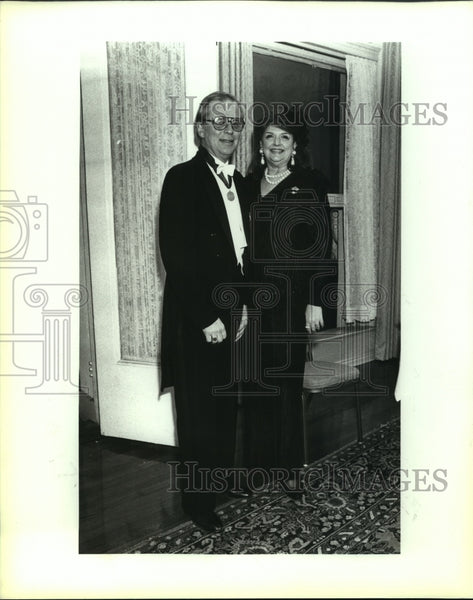 1992 Press Photo George and Annabell Ames, Fiesta Flambeau Party, Menger Hotel - Historic Images