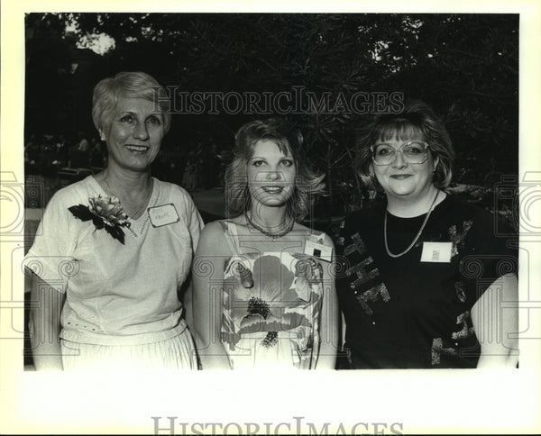 1988 Press Photo Charity chairwomen - saa00976 - Historic Images