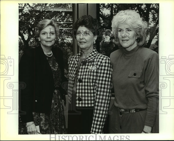 1990 Press Photo A trio of Charity Ball Association officers - saa01045 - Historic Images