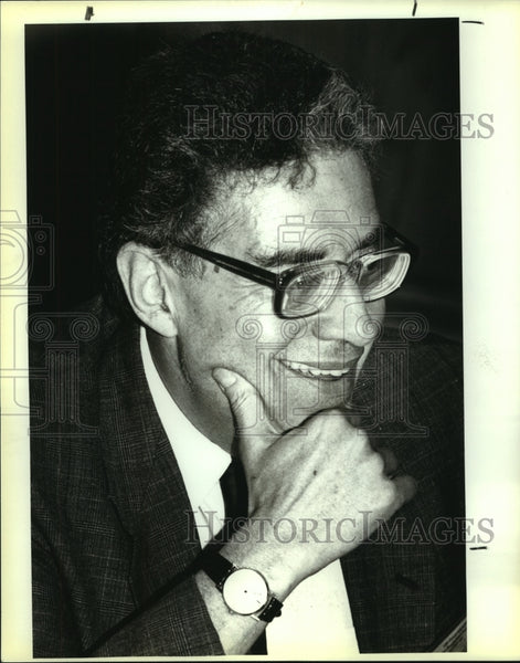1991 Press Photo Bill Agosto, president of Lunar Industries, Houston, Texas - Historic Images