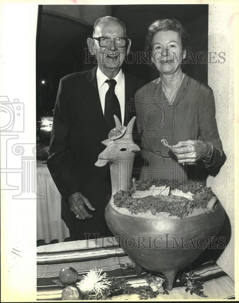 1983 Press Photo The Bondurants at Texas Military Insitute Award Dinner - Historic Images
