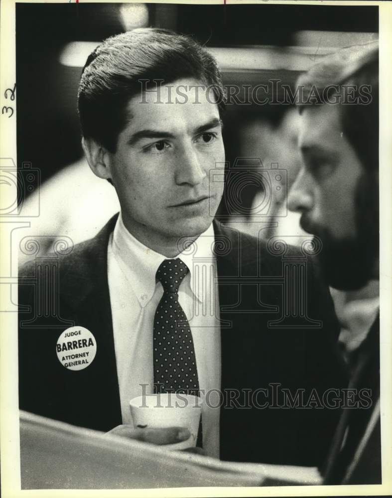 1986 Press Photo Roy Barrera Jr. at election headquarters - saa01486 - Historic Images