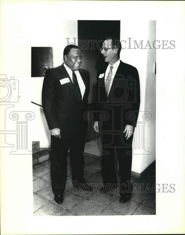1991 Press Photo Funding Information Center Philanthropy Day event guests - Historic Images