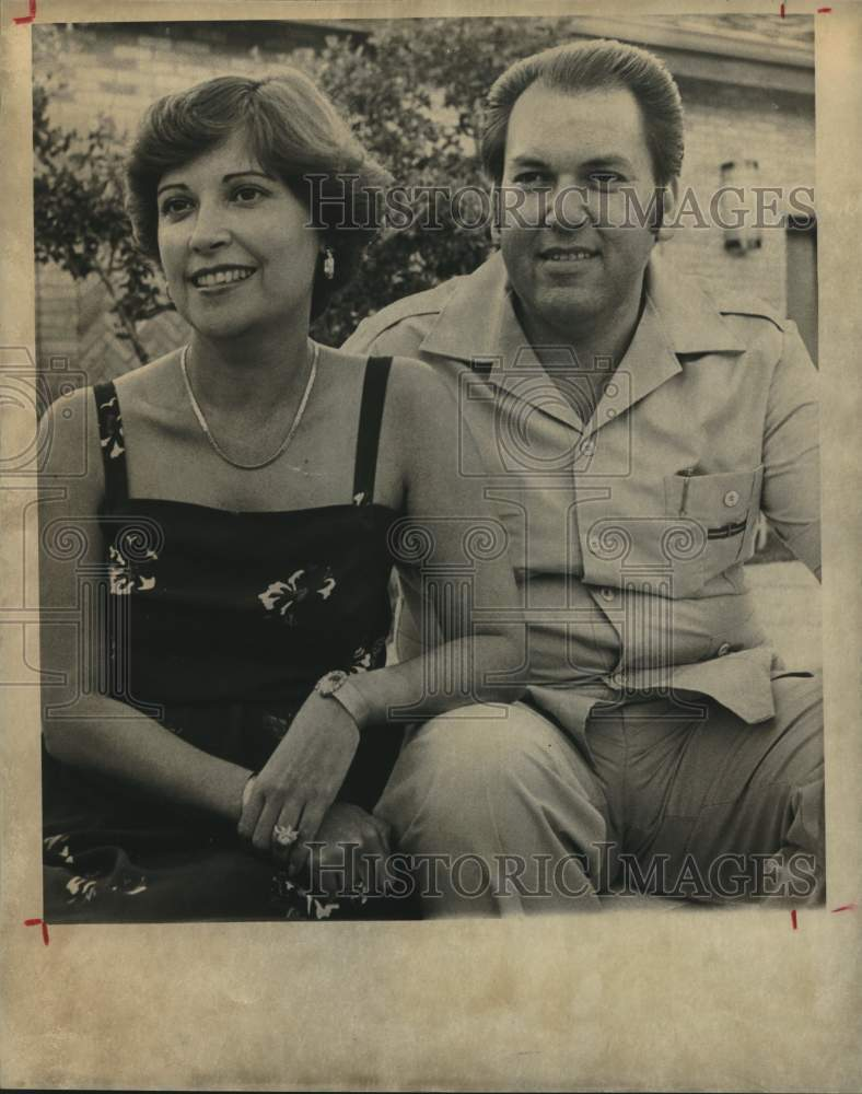 1981 Press Photo Dr. and Mrs. Heliodoro Boone, Sombraclores Posada party - Historic Images