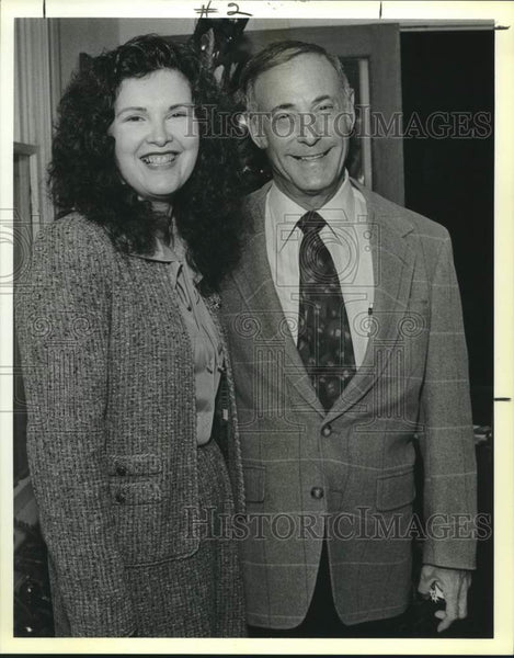 1989 Press Photo Shirley Wills and Bob Alyn, San Antonio Festival reception - Historic Images