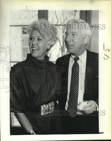 1986 Press Photo Barbara and Tom Bagley at Southwest Craft Center - saa01661 - Historic Images